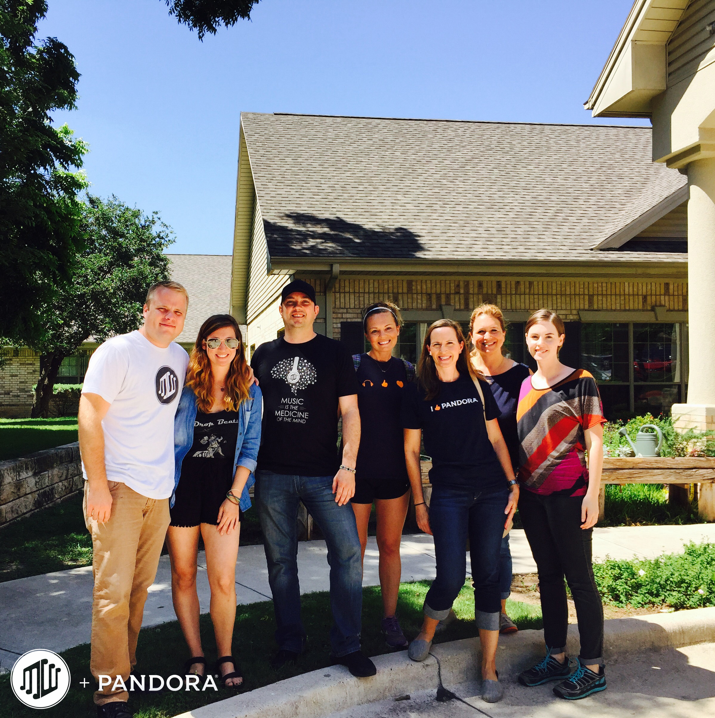 pandora employees jazz up the lives of austin memory care pandora7